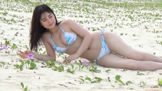 The first swimsuit of the actress from Okubo Sakura Squadron in Okinawa, a star in the making136