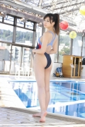 Onuki Ayakas swimsuit bikini picture is more liberating than usual because it is all spring039