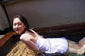 Riho Yoshioka swimsuit gravure bikini picture hot spring bathing bold and sexy 2015013