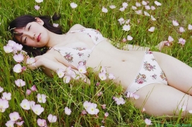 Riho Yoshioka swimsuit gravure bikini picture hot spring bathing bold and sexy 2015031