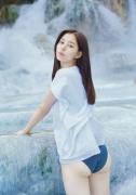 Yuko Shinki swimsuit gravure bikini picture The Beauty in the Water018
