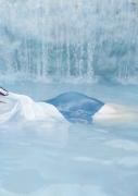 Yuko Shinki swimsuit gravure bikini picture The Beauty in the Water022