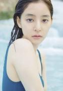 Yuko Shinki swimsuit gravure bikini picture The Beauty in the Water027
