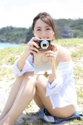 Wada Hitomi yellow swimsuit yellow bikini010
