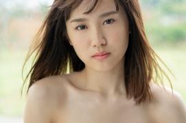 Facilitator Manaka Ozaki bikini gravure Glued to a too cute smile024