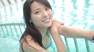 Maimi Yajima relaxing in the pool light blue bikini swimsuit picture021