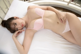 Swimsuit bikini gravure Eimi Matsushima is worthy of the name of God body007