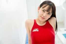 Kashiwagi Sarina red bathing suit picture pool 2020041