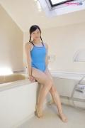 Suzuka Shishikura swimming suit images light blue bathroom001