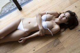 Seriously the style is amazing look at Yume Hayashi gravure swimsuit picture016
