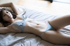 Seriously the style is amazing look at Yume Hayashi gravure swimsuit picture023