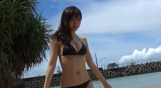 Current nurse Okinawa bikini Nashiko Momotsuki swimsuit gravure032