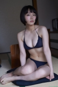 Sexy swimsuit gravure of Riho Yoshioka010