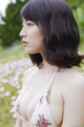 Sexy swimsuit gravure of Riho Yoshioka021