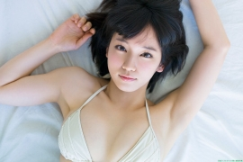 Sexy swimsuit gravure of Riho Yoshioka025