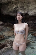 Sexy swimsuit gravure of Riho Yoshioka029