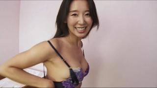 Rina Sawayama Swimsuit Bikini Gravure Bare Face Me037