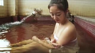 Rina Sawayama Swimsuit Bikini Gravure Bare Face Me039