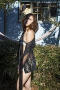 Ill Heat Up Your Body and Mind Yuka Toranami Gravure Swimsuit Images002