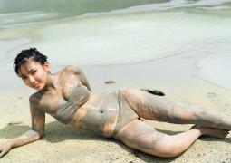 Aika Sawaguchi swimsuit gravure013