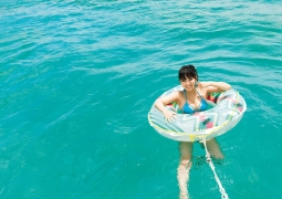 Aika Sawaguchi Swimsuit bikini gravure Sea fireworks 2020018