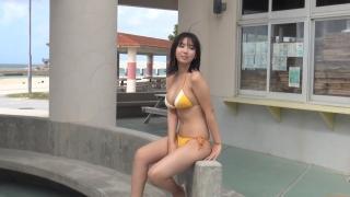 Aika Sawaguchi New Year First Swimsuit Gravure Queen 2021047