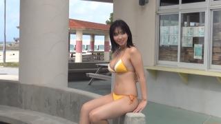 Aika Sawaguchi New Year First Swimsuit Gravure Queen 2021049