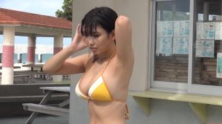Aika Sawaguchi New Year First Swimsuit Gravure Queen 2021053