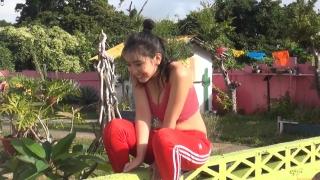 Aika Sawaguchi New Year First Swimsuit Gravure Queen 2021083