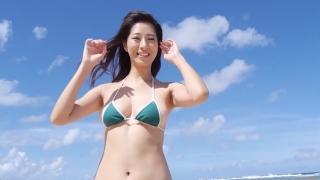 Yuka Someya swimsuit gravure Beach green bikini running fast097