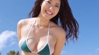 Yuka Someya swimsuit gravure Beach green bikini running fast102
