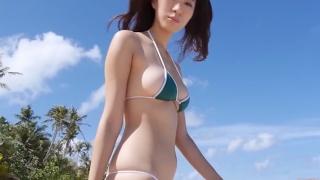Yuka Someya swimsuit gravure Beach green bikini running fast104