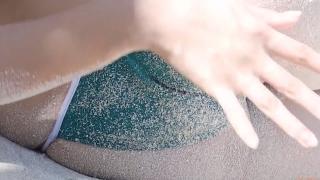 Yuka Someya swimsuit gravure Beach green bikini running fast126
