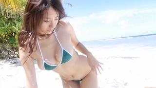 Yuka Someya swimsuit gravure Beach green bikini running fast137
