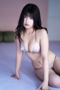Chitose Yoshi s Reading in a Swimsuit008