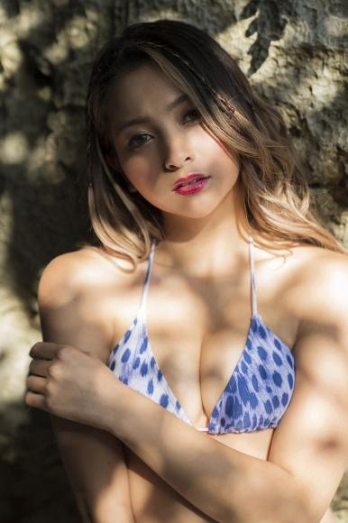 Yuki poyo Swimsuit gravure Gal beauty 2021001