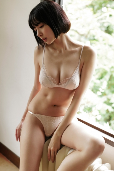 A female mahjong pro with too big tits competes again in a miracle018