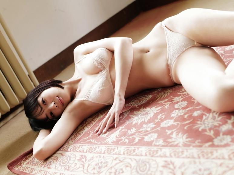 Mari Takamiya Saka Okada swimsuit gravure Big tits too female mahjong003