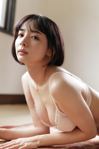 Mari Takamiya Saka Okada swimsuit gravure Big tits too female mahjong005