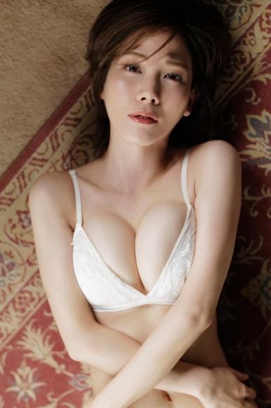 Mari Takamiya Saka Okada swimsuit gravure Big tits too female mahjong012