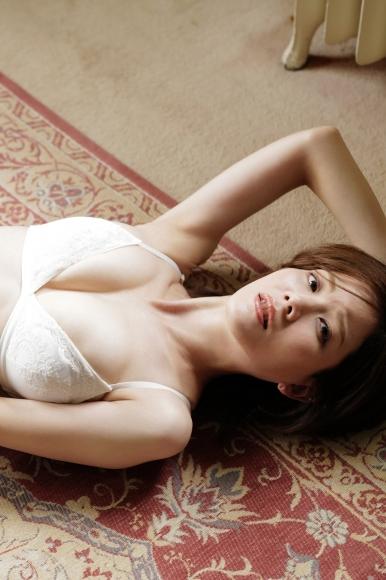 Mari Takamiya Saka Okada swimsuit gravure Big tits too female mahjong013