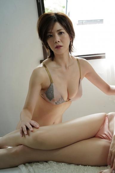 Mari Takamiya Saka Okada swimsuit gravure Big tits too female mahjong 3006