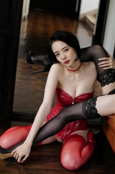 Mari Takamiya Saka Okada swimsuit gravure Big tits too female mahjong 5013