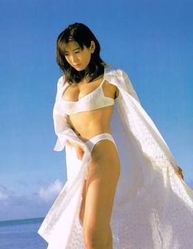 Fumie Nakajima swimsuit gravure006