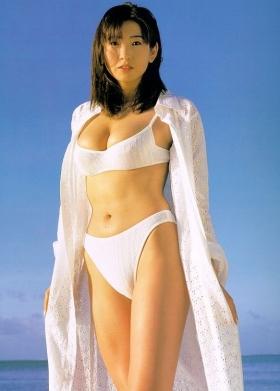 Fumie Nakajima swimsuit gravure009
