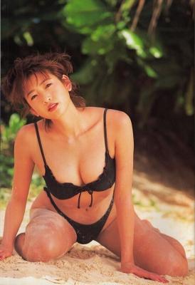 Fumie Nakajima swimsuit gravure013