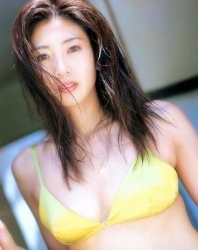 Fumie Nakajima swimsuit gravure017