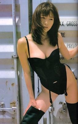 Fumie Nakajima swimsuit gravure020