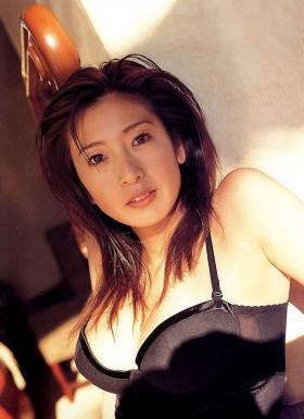 Fumie Nakajima swimsuit gravure035