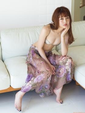 Nanaka Matsukawa Gravure Swimsuit Images012